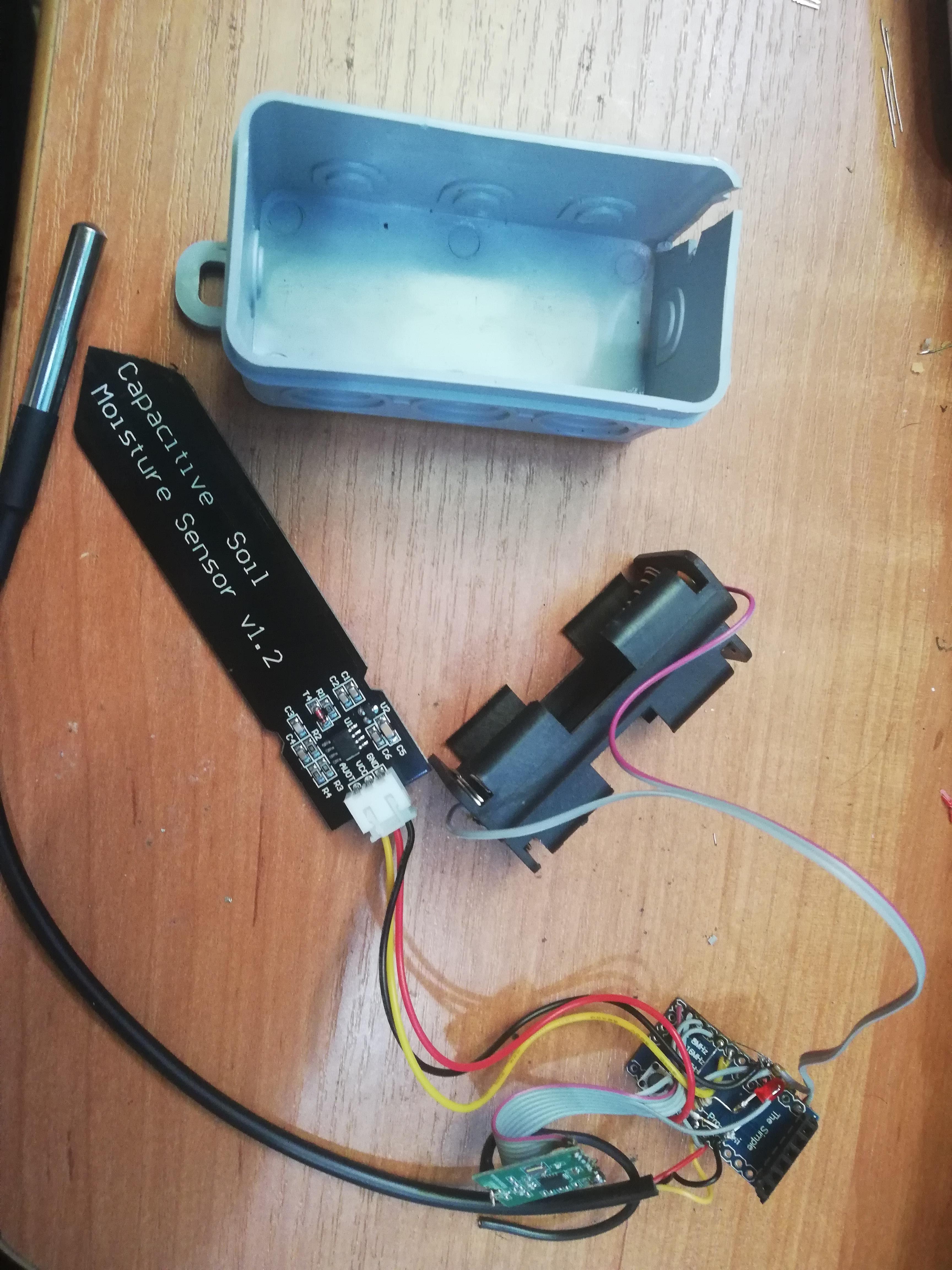 HB-UNI-Sen-CAP-MOIST-T przed włożeniem do puszki.