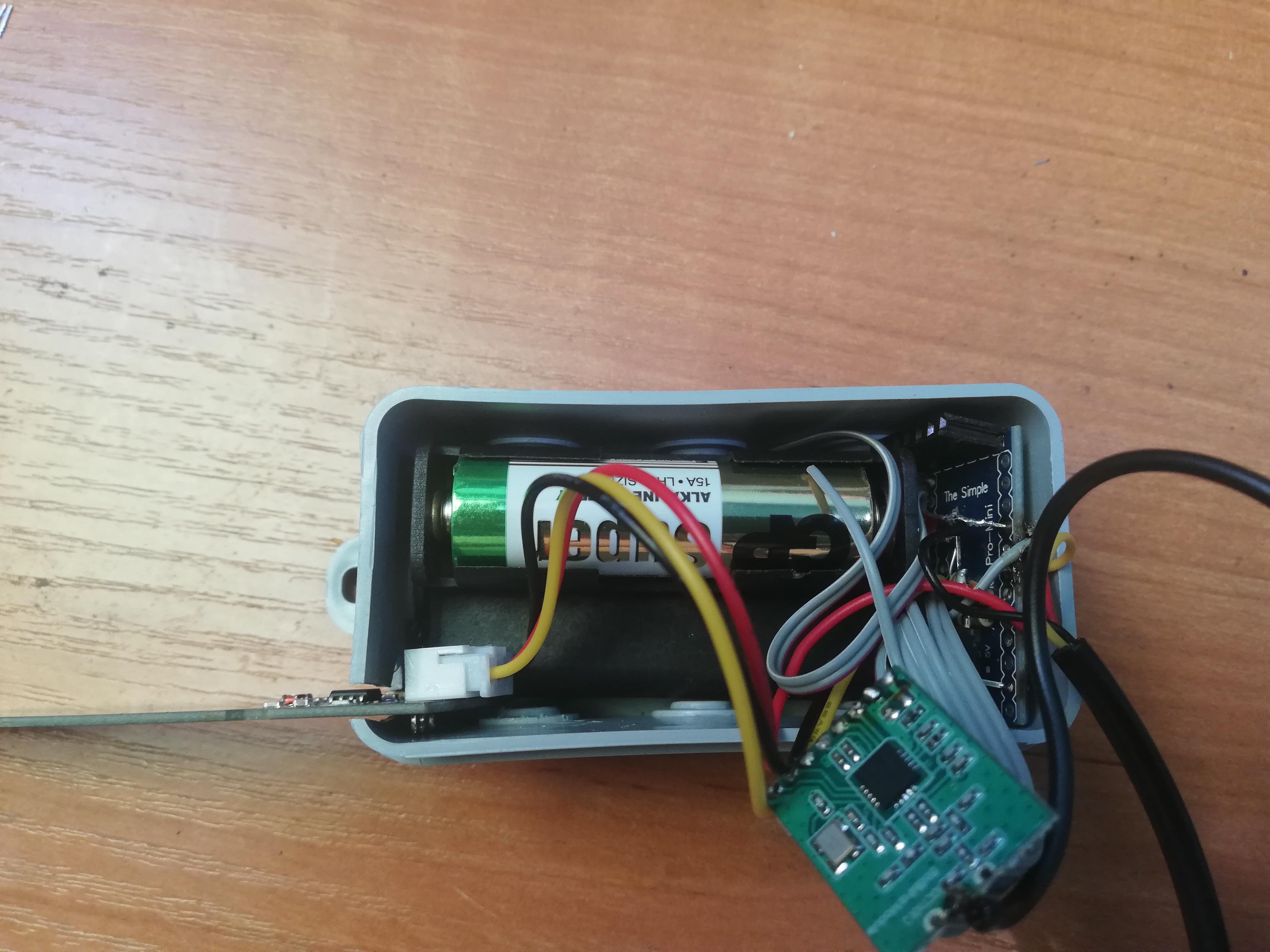 HB-UNI-Sen-CAP-MOIST-T - układanie Arduino.